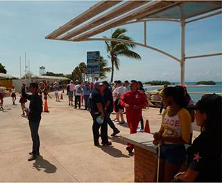 El-SENIAT-visita-primer-crucero-de-la-temporada-turística-en-Margarita-2016-2017 03